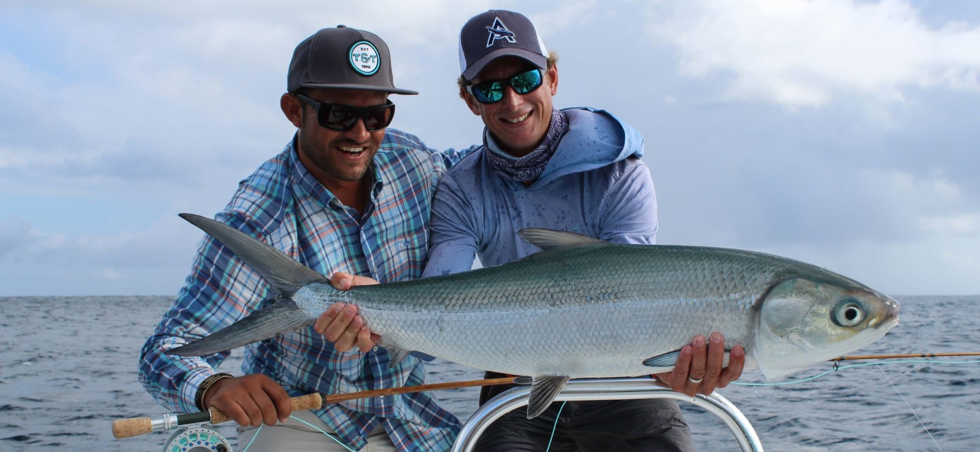 Alphonse-fly-fishing-milkfish